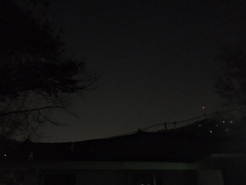 사진 4. 밤의 풍경. 사진 김단아.jpg